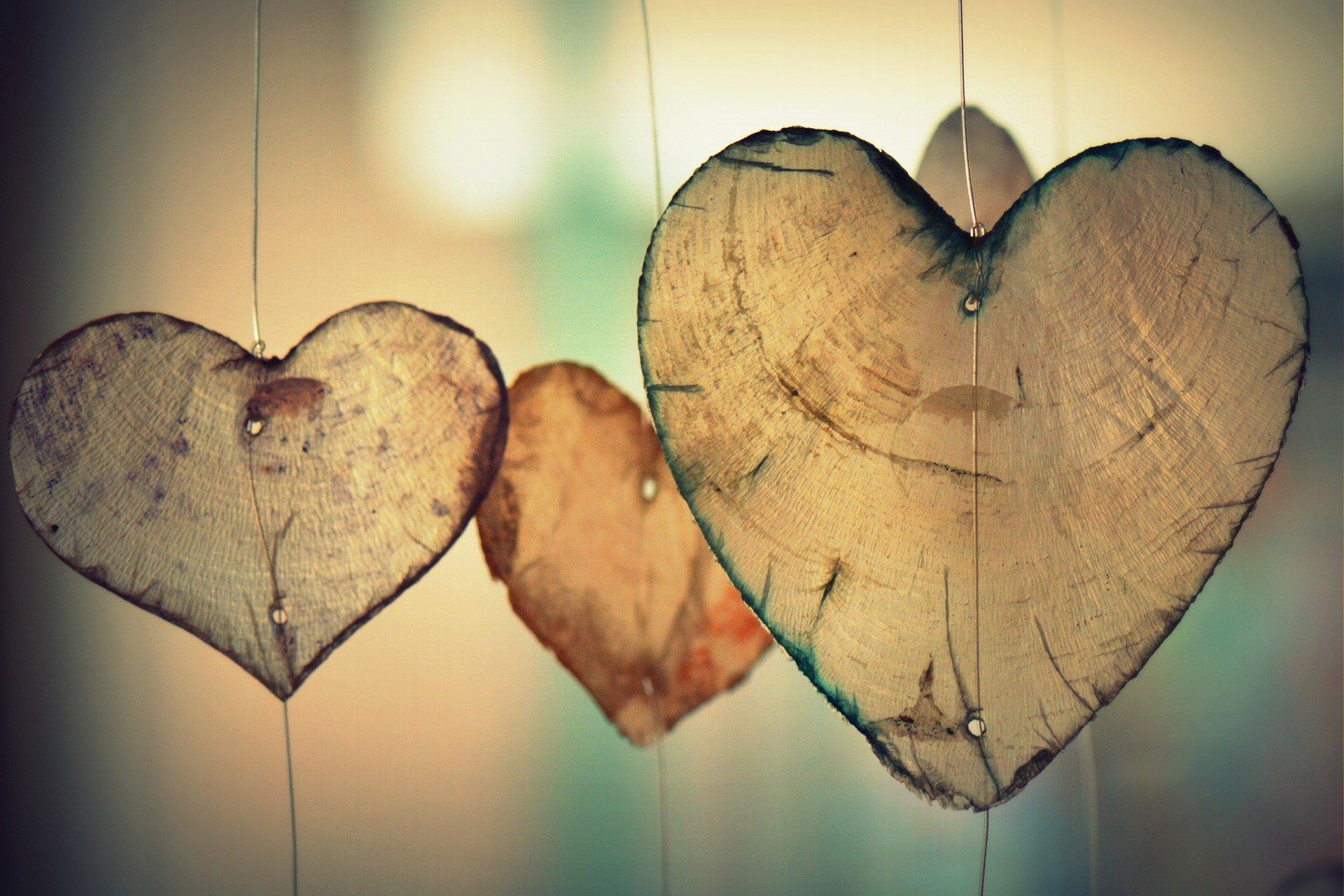 واقف نہیں جو عشق و محبت کے نام سے