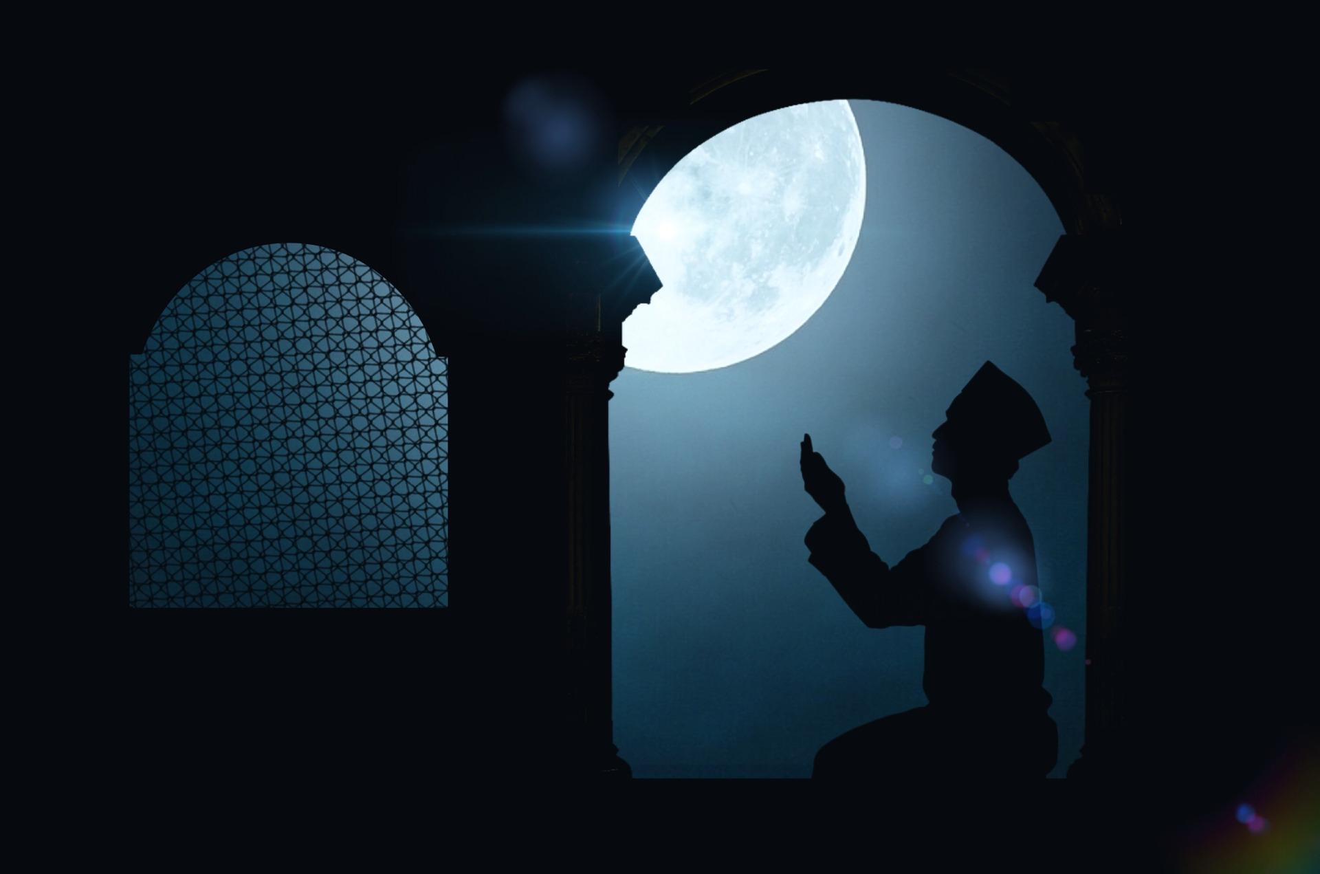 نماز شب ، فرشتے اور شیطان